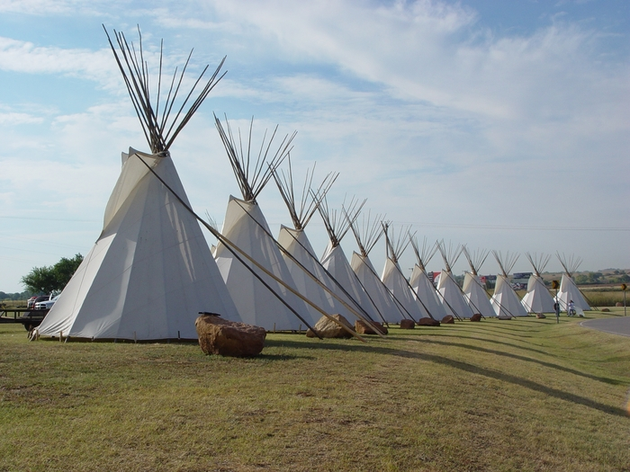 teepees-at-tribe